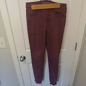 Maroon High Rise Jegging